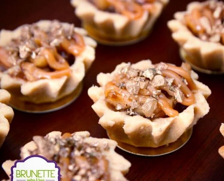 Brunette Postres y Tapas  By Gisse Aguirre B