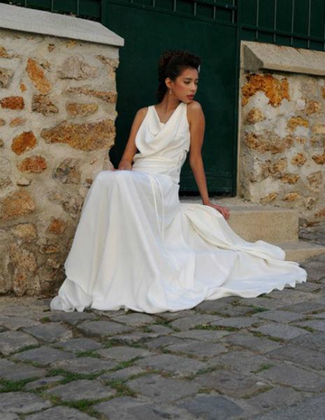 Perry Ah Why - Robes de mariée