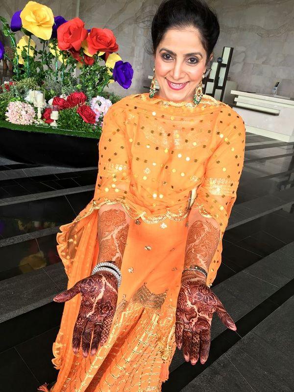 Saba Mehndi Artist
