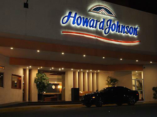 Howard Johnson Plaza Las Torres