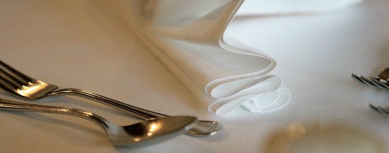 Beispiel: Tisch und Besteck, Foto: Kuffler Catering.