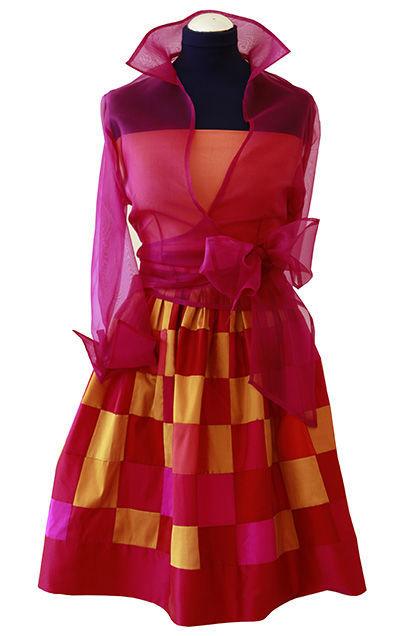 Beispiel: Strahlen Sie in wunderschönen Farben, Foto: Bonney & Kleid.