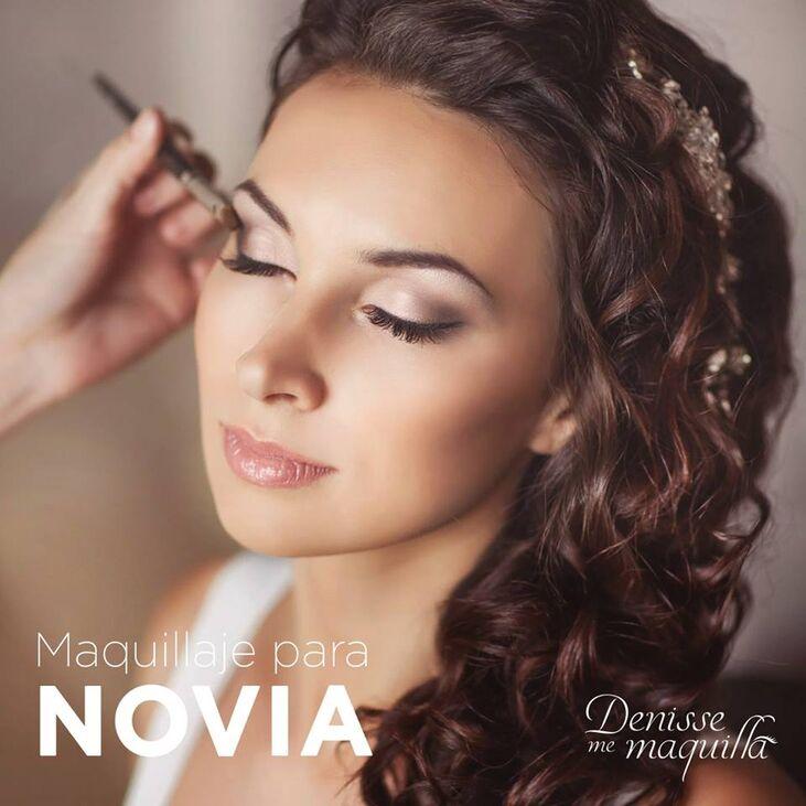 Denisse me Maquilla