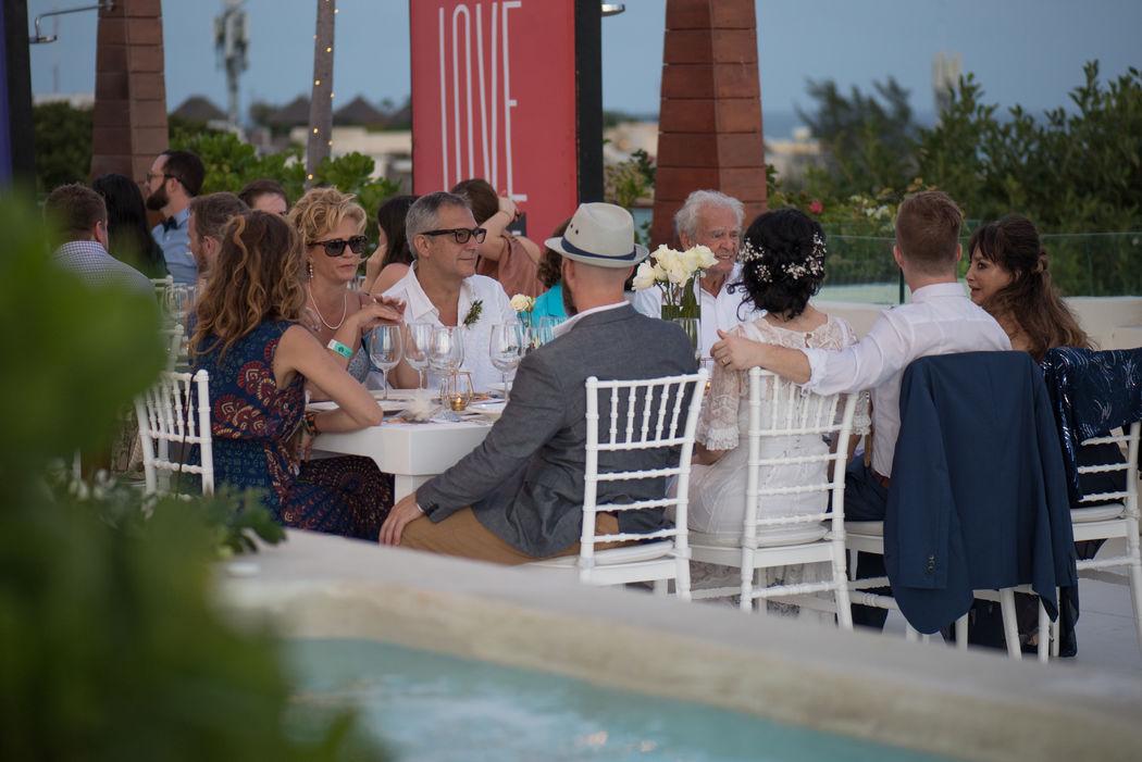 Hotel The Palm at Playa
