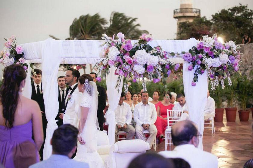 bodas civiles en la playa o cristianas