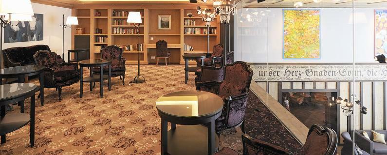 Beispiel: Lobby des Hotels, Foto: Hotel Ermitage.