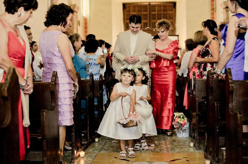 Hely Galván Fotografía para el día de tu boda.