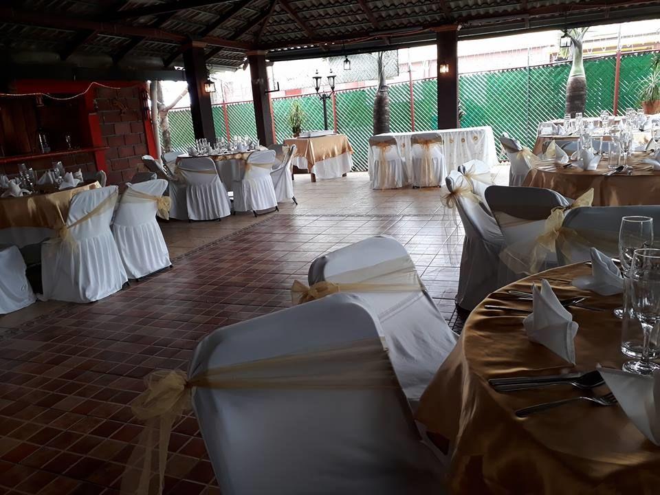Salón de Eventos La Iguana