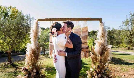 Decibel Casaments, by Esther Esteve