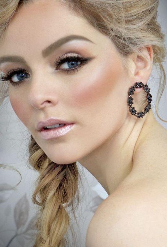 Dean Lennox Make-up STUDIO