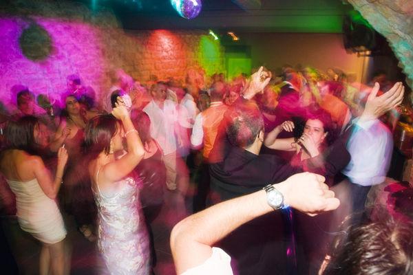 Con, baile, con diversión...