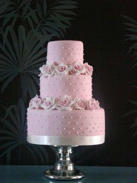 Beispiel: Wunderschöne Hochzeitstorten, Foto: The Cake Boutique.