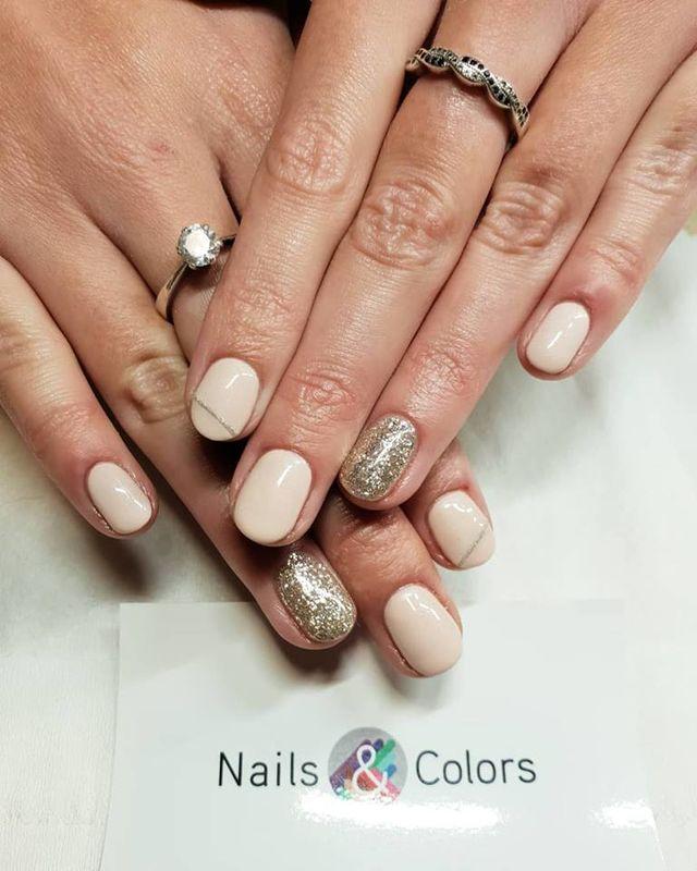 Nails & Colors