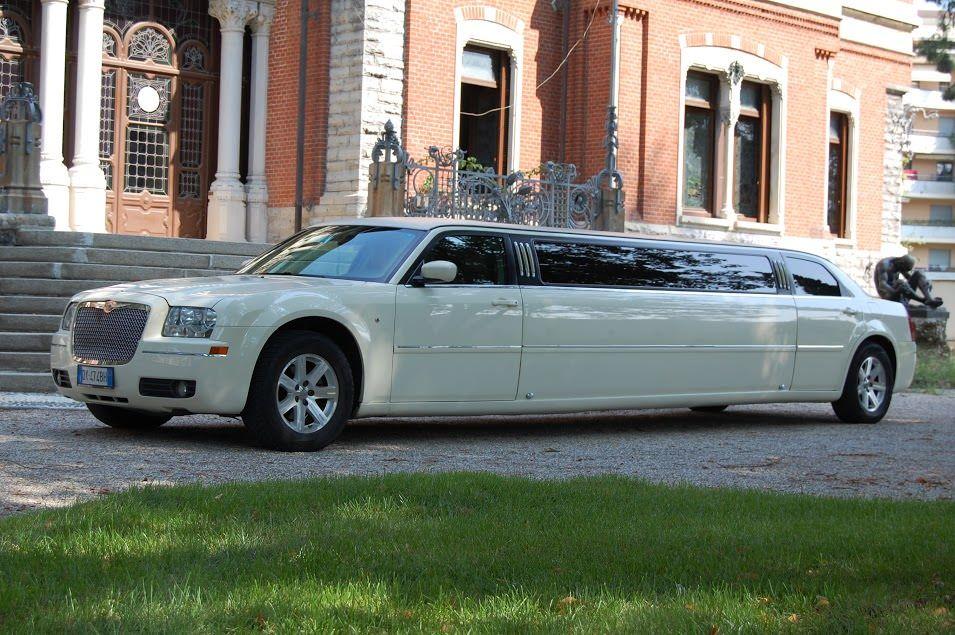 Canada 422 Noleggio Limousine