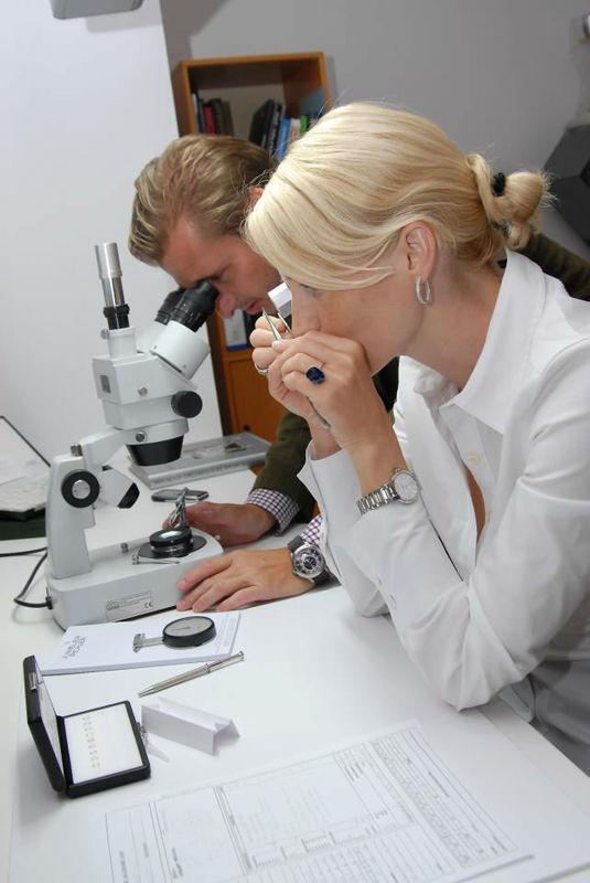 Beispiel: Juwelier Pichler bei der Arbeit, Foto: Juwelier Pichler.