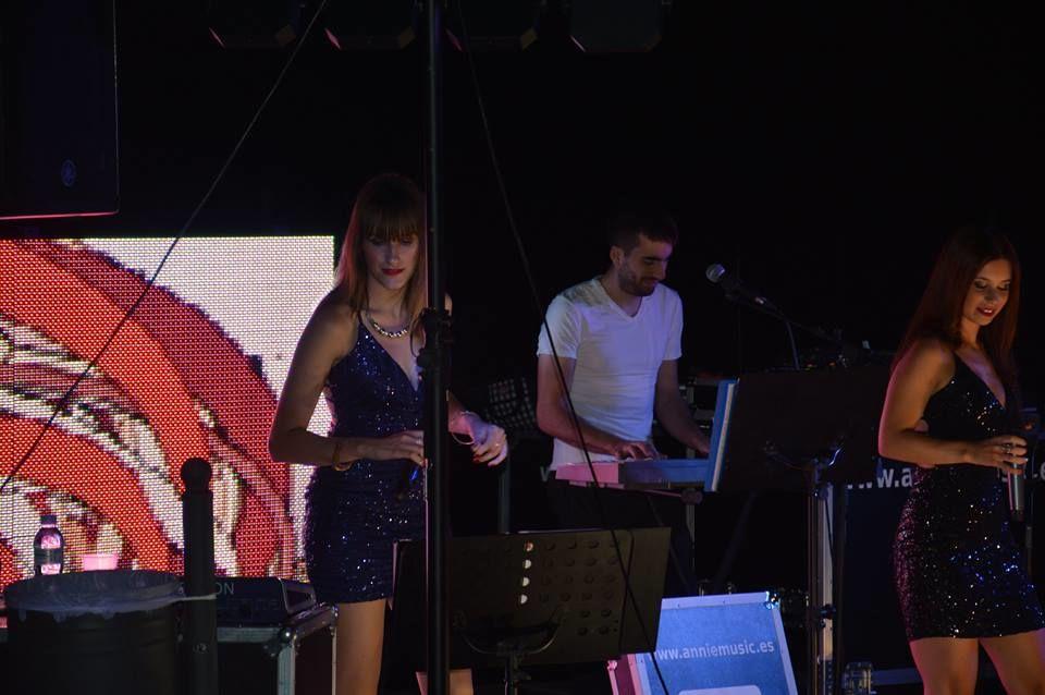 Annie & Music