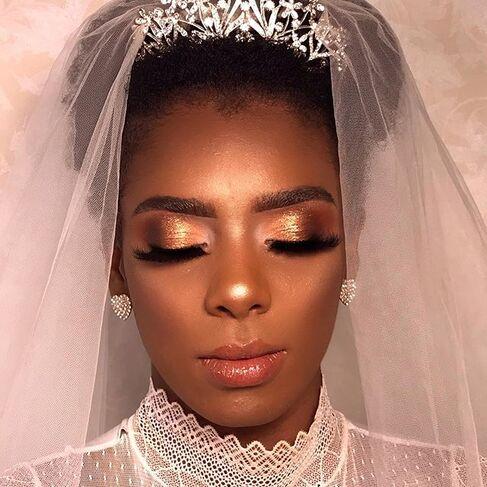 Ateliê Cristiane Bastos Makeup