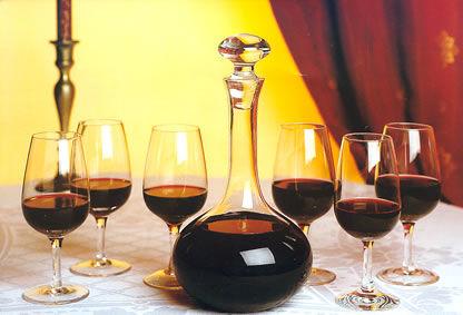 Beispiel: Weinprobe, Foto: Gasthaus zum Raben.