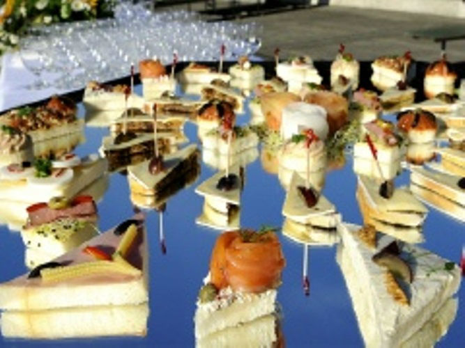Beispiel: Süßes und herzhaftes Buffet, Foto: Hombergerhaus.
