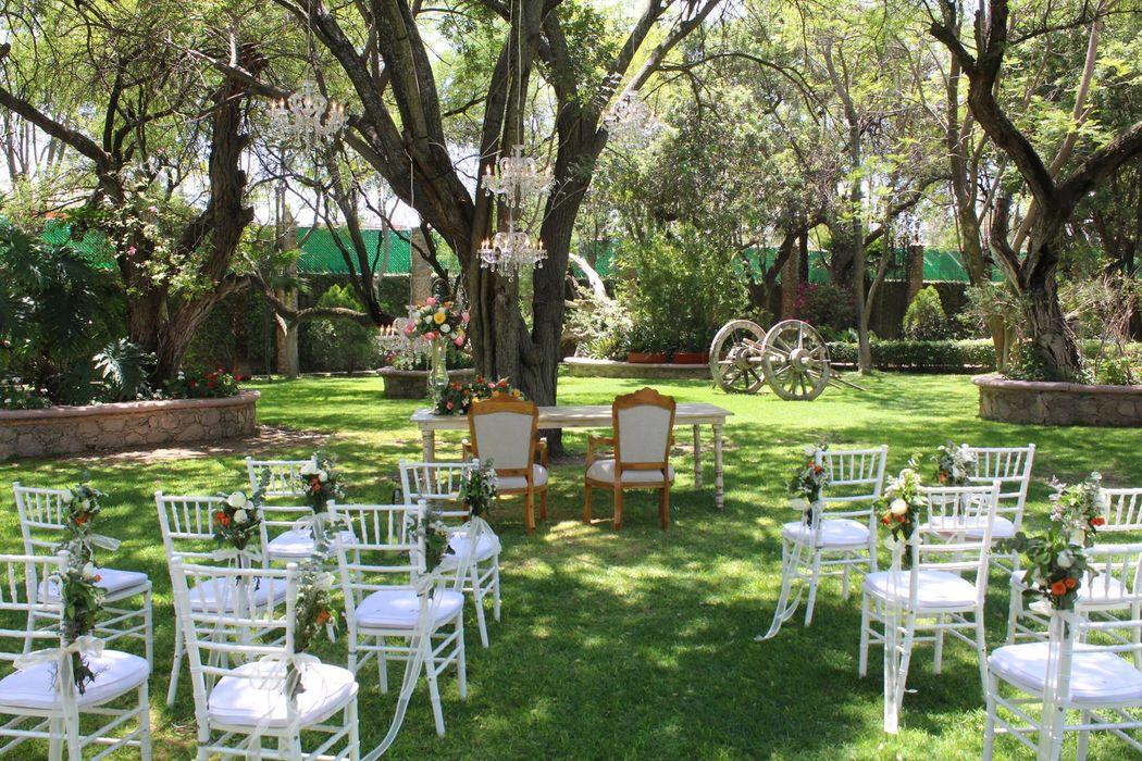 Daniel Espinoza Diseño y Planeación de Eventos