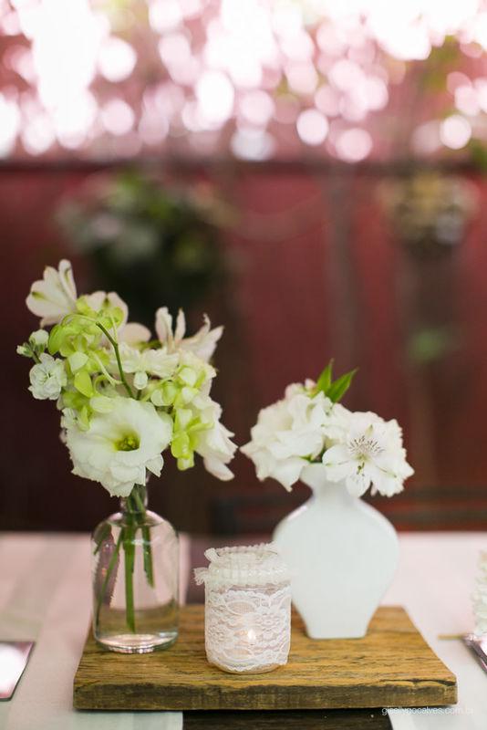 Mini Wedding Bistrô Ruella Projeto e Execução:  Leivas & Lourenço Wedding por Luciana Lourenço e Denise Leivas Fotografia: Giselly Gonçalvez Fotografia