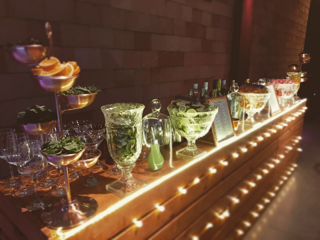 Cometa Bartender's