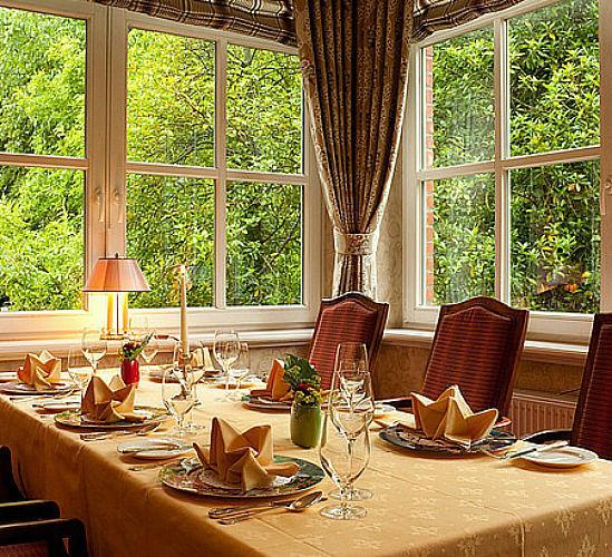 Beispiel: Tischdekoration, Foto: Romantik Hotel Kieler Kaufmann.