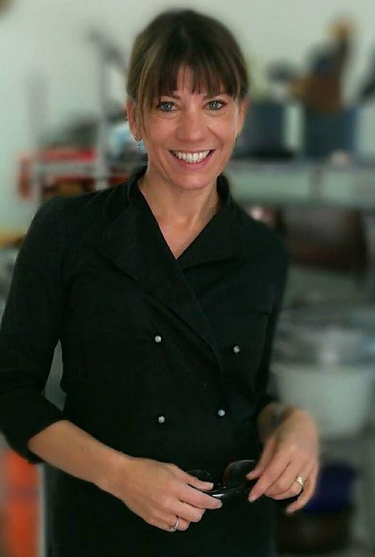 Raquel Cergneux Servicios de Banquetería