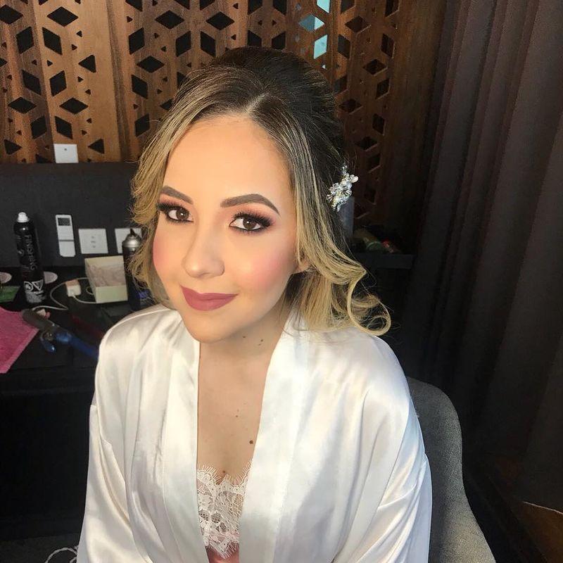 Diana Peralta Makeup Artist