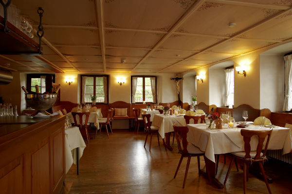 Beispiel: Rabenstube, Foto: Gasthaus zum Raben.