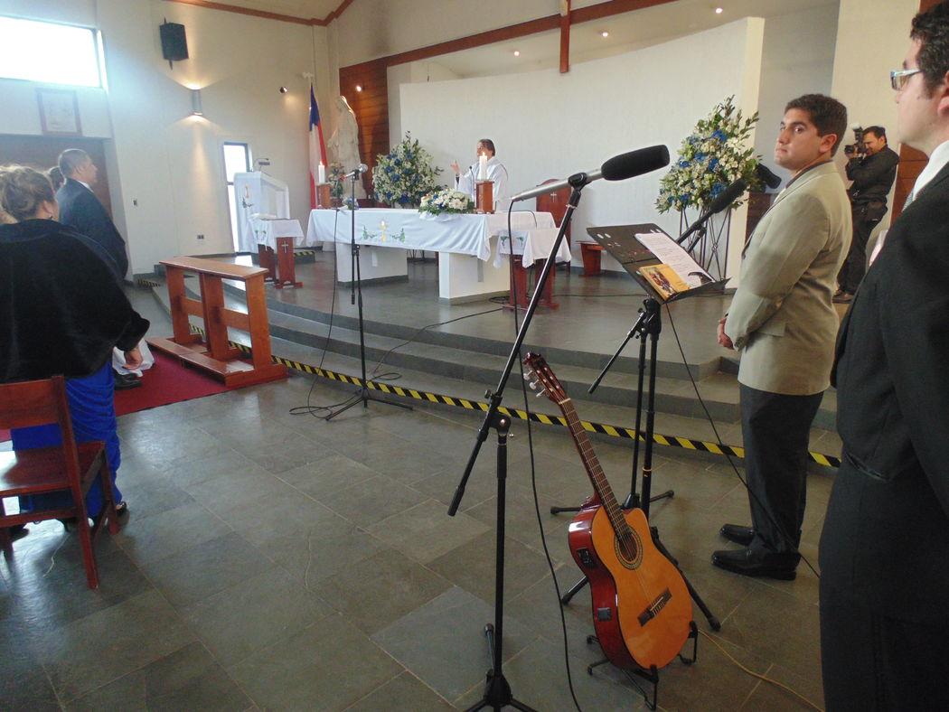 Boda en Capilla Jesús Maestro, Talca. Septiembre de 2015.