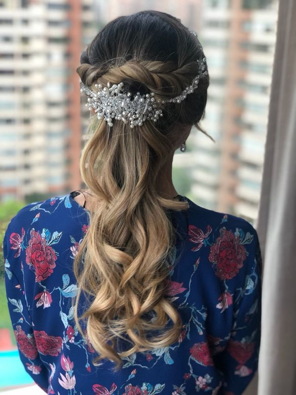 Javiera Blaitt Makeup & Hair