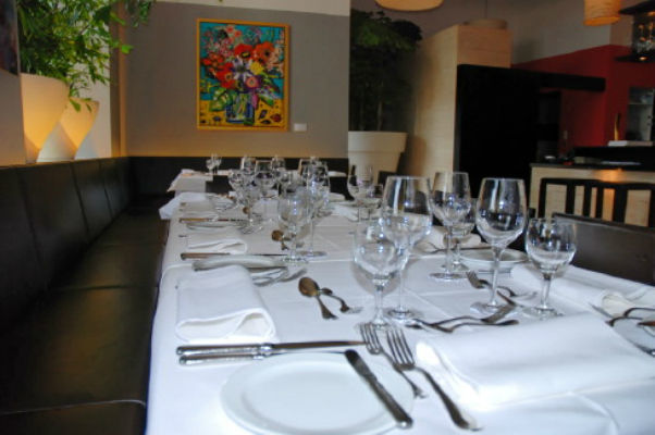 Beispiel: Tischgedeck, Foto: Magnolia - Restaurant im Glaspalast.