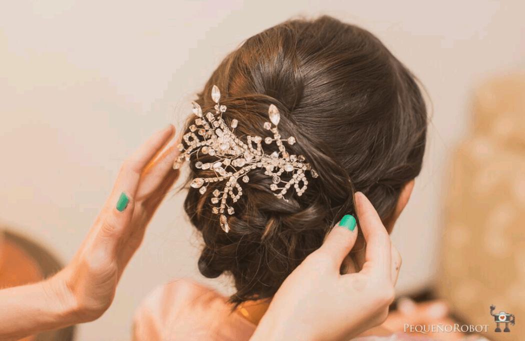 Diana Mora- Makeup & Hair. Foto: Pequeño Robot