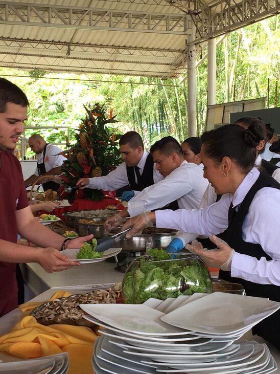 Oscar Cubides Catering