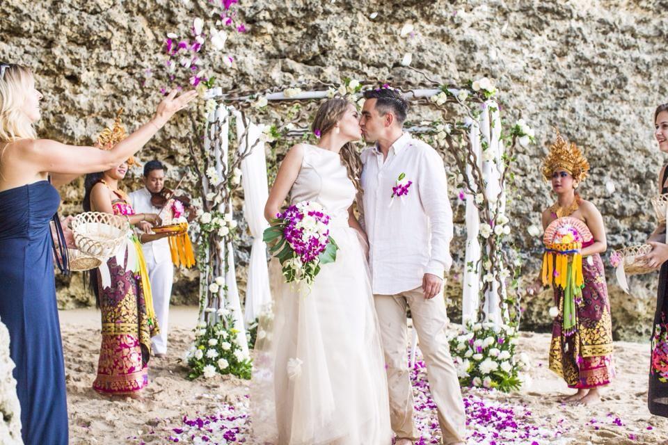 AnnLimited Weddings