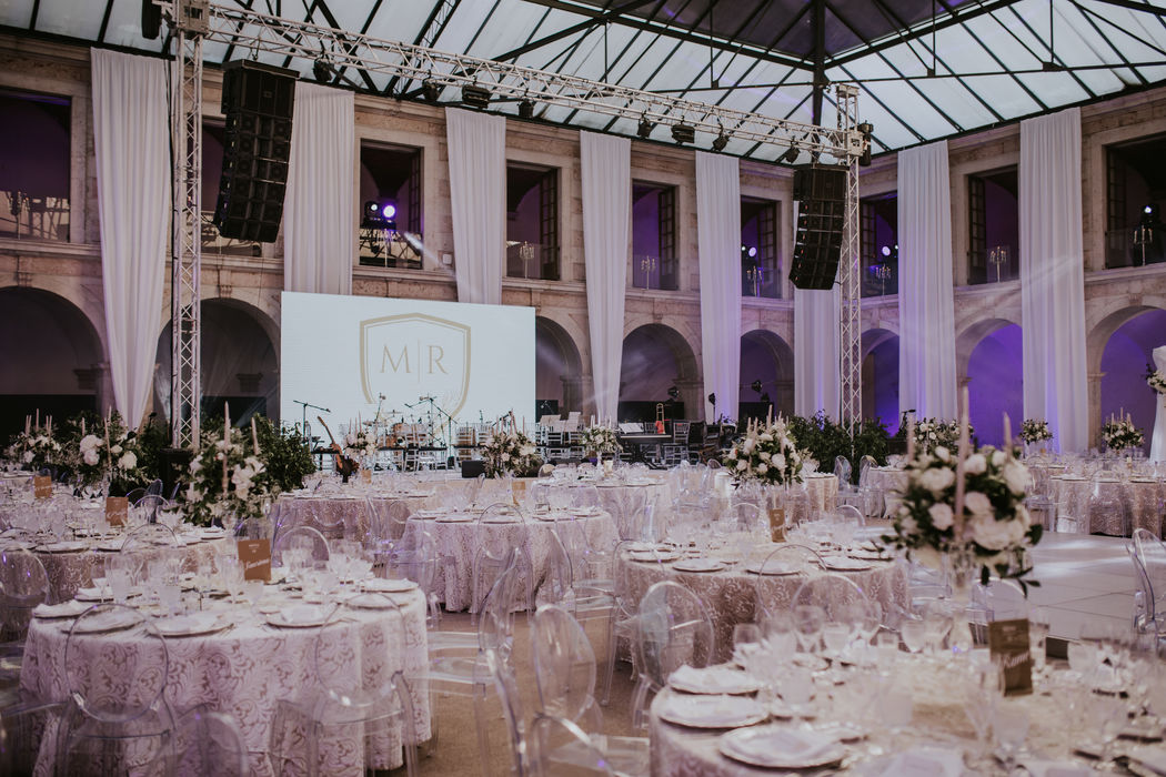 Boutique Weddings by VERY COOL
