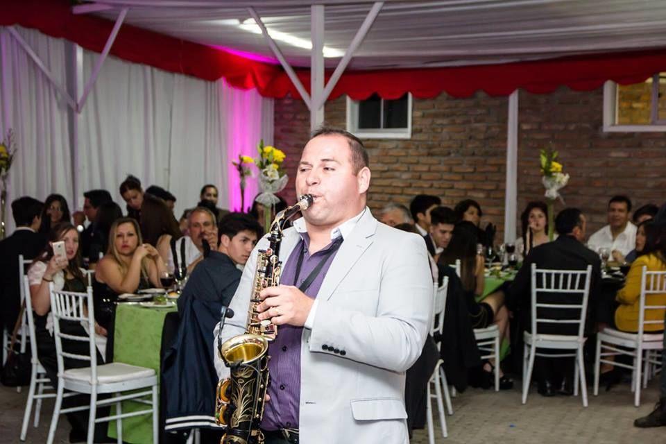 Víctor Cardenas -Toninojazz