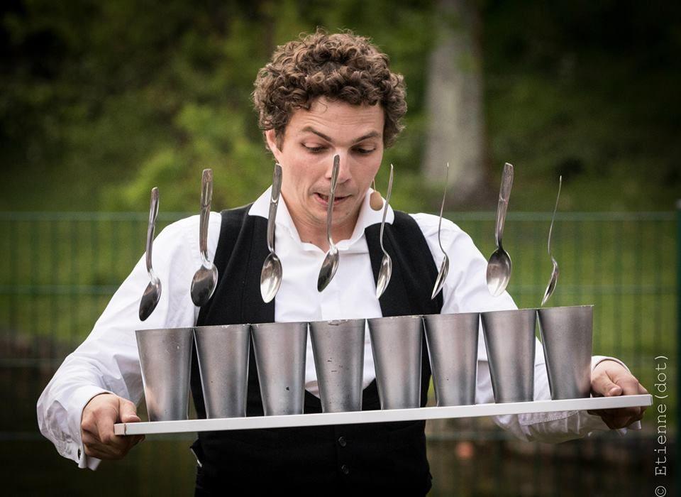 Olivier Palmer Gentleman Jongleur