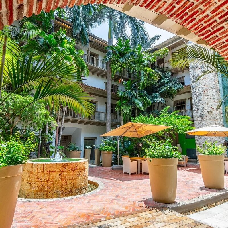 Hotel Luxury Armeria Real