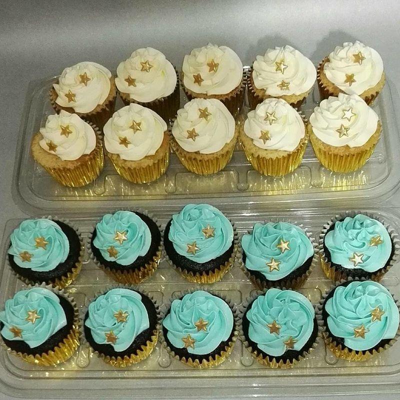 Sweet Cookies & Cakes