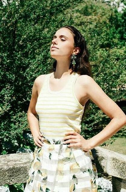 Make Up by Sofia Dinis