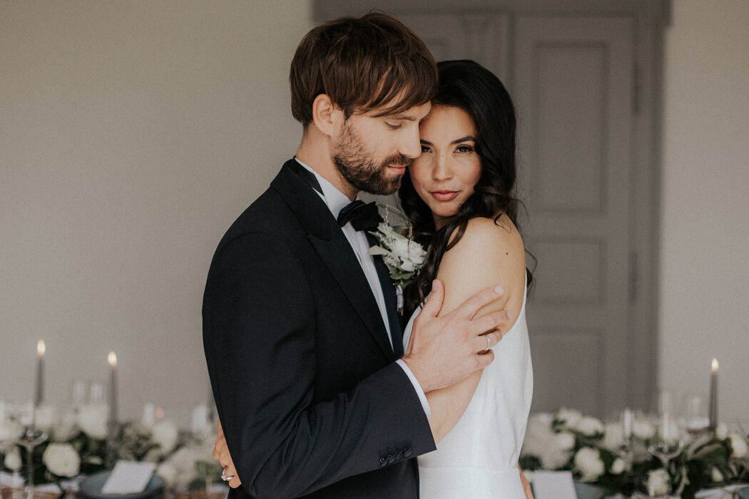 Moments by Diane - Weddings & Parties