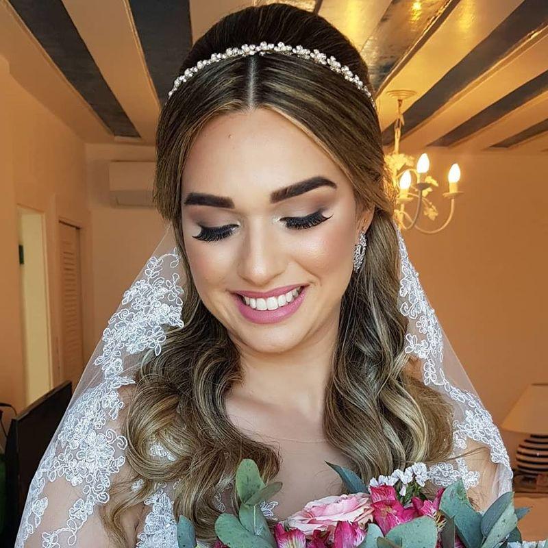 Carina Thiesen Makeup & Hair