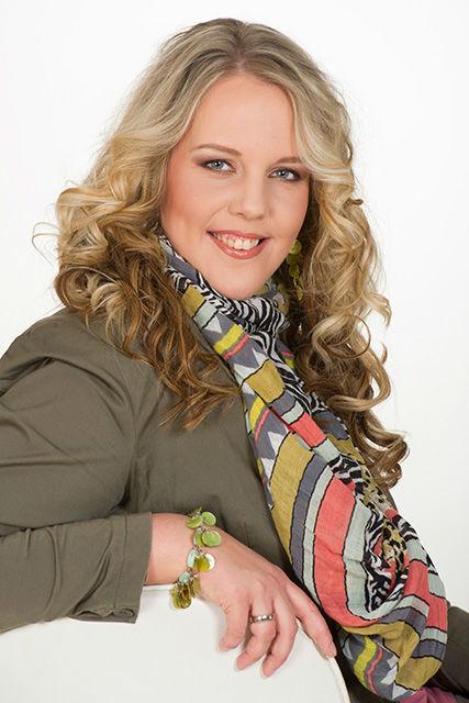 Esther Zanders