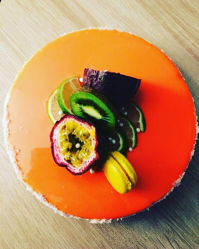 Sweetly Gourmandi'z cake artist