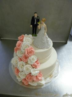 Beispiel: Hochzeitstorte, Foto: RheinMainTorten.de.