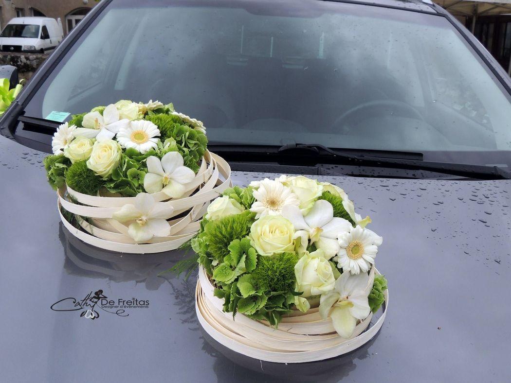Décor floral pour voiture