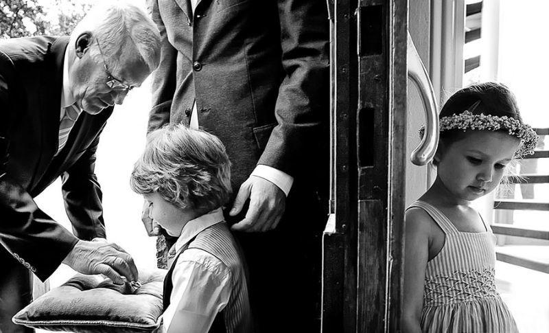 Beispiel: Fotograf mit einem einmaligen Gespür für den richtigen Augenblick, Foto: raman weddings.