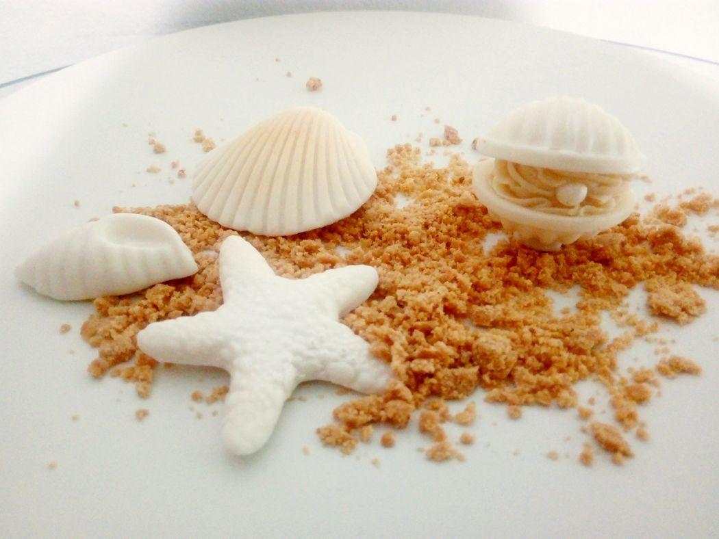 Mônica Henrici Ateliê de Bolos, Doces Finos e Chocolates